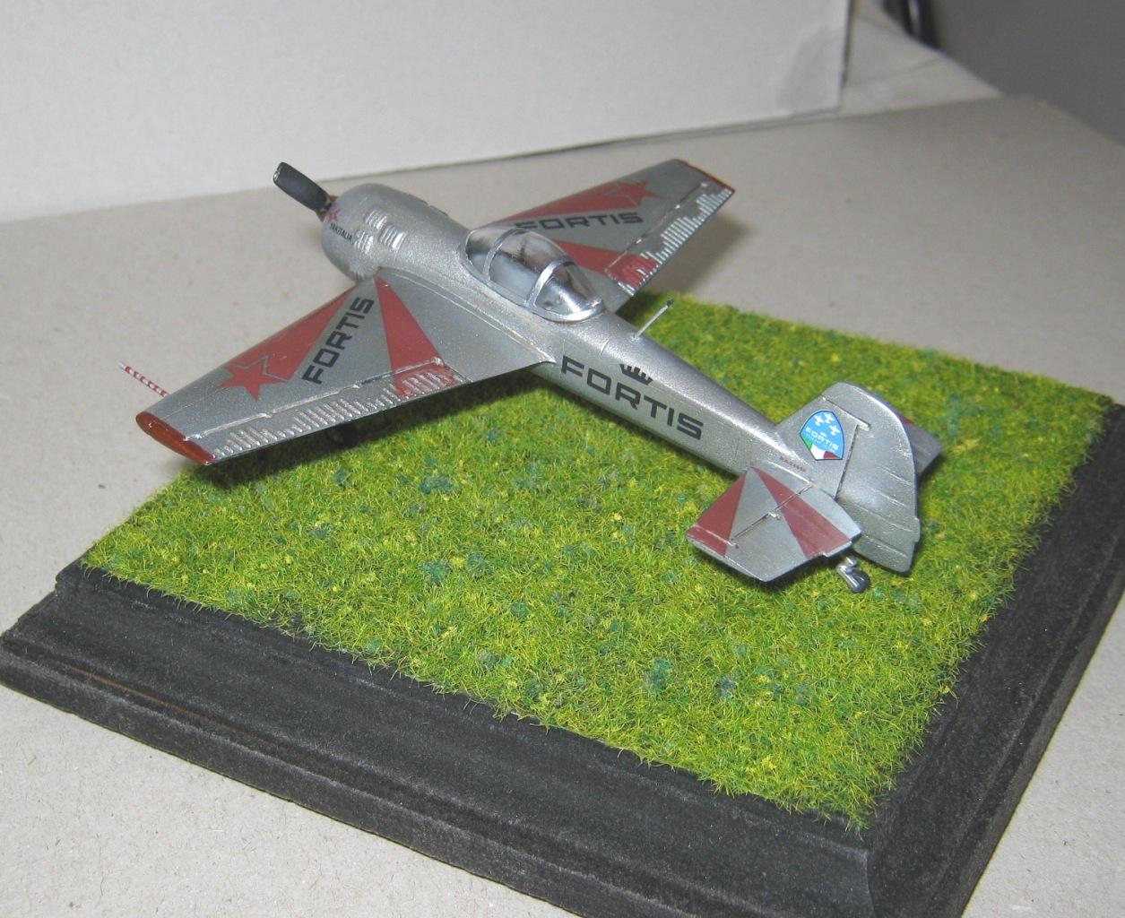 yak-55m-team-fortis-yak-italia